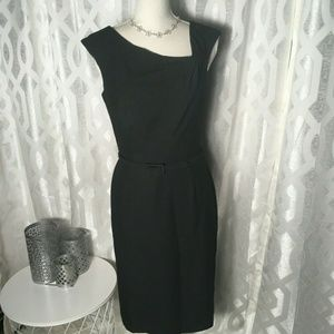 White House Black Market Women SZ 6 Black Belted S